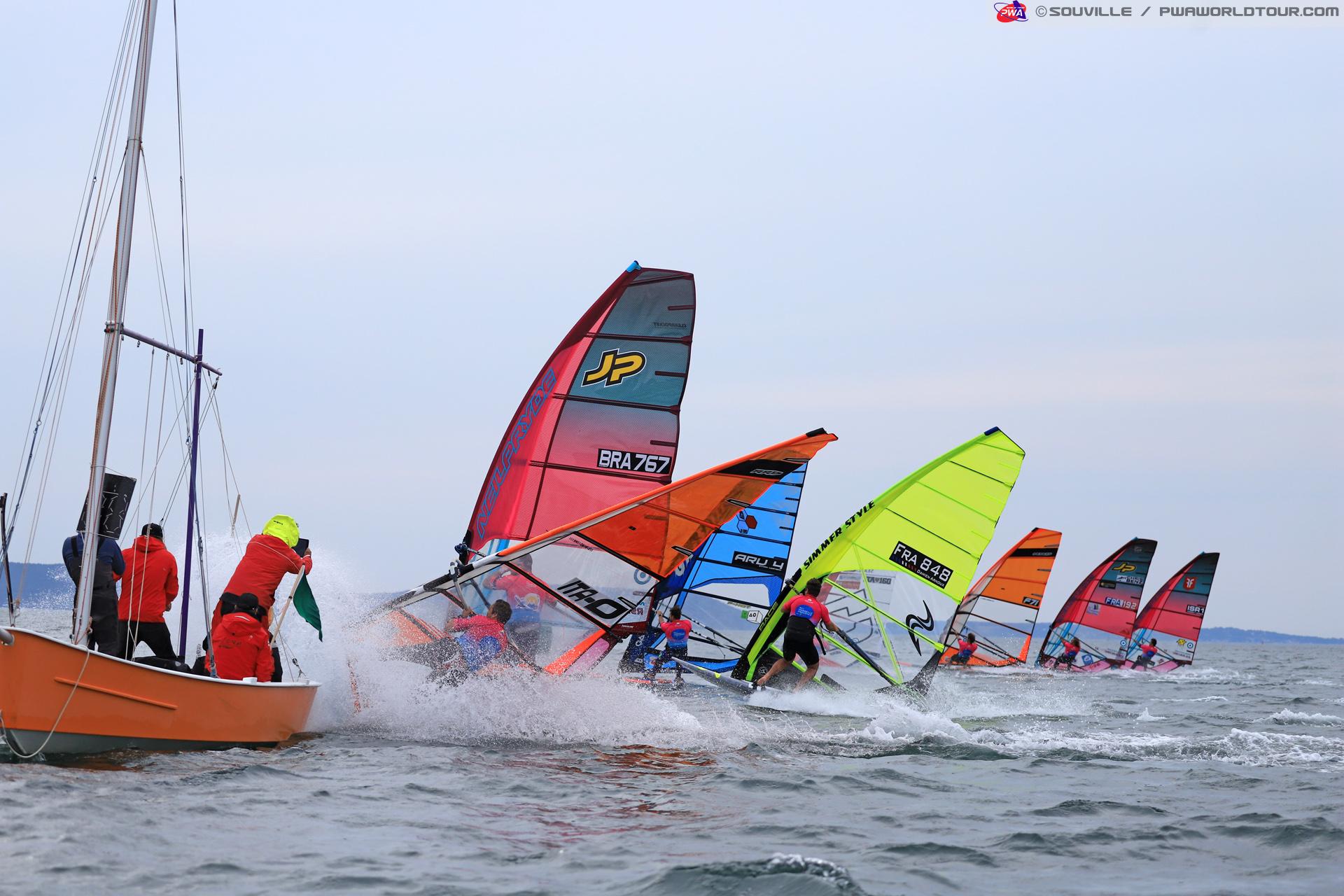 Andrea Rosati slams on the breaks